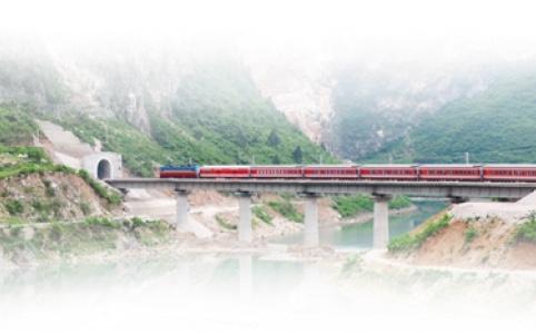 """【新中国的""""第一""""·70年】第一条电气化铁路宝成铁路:山货出川 川货出国"""